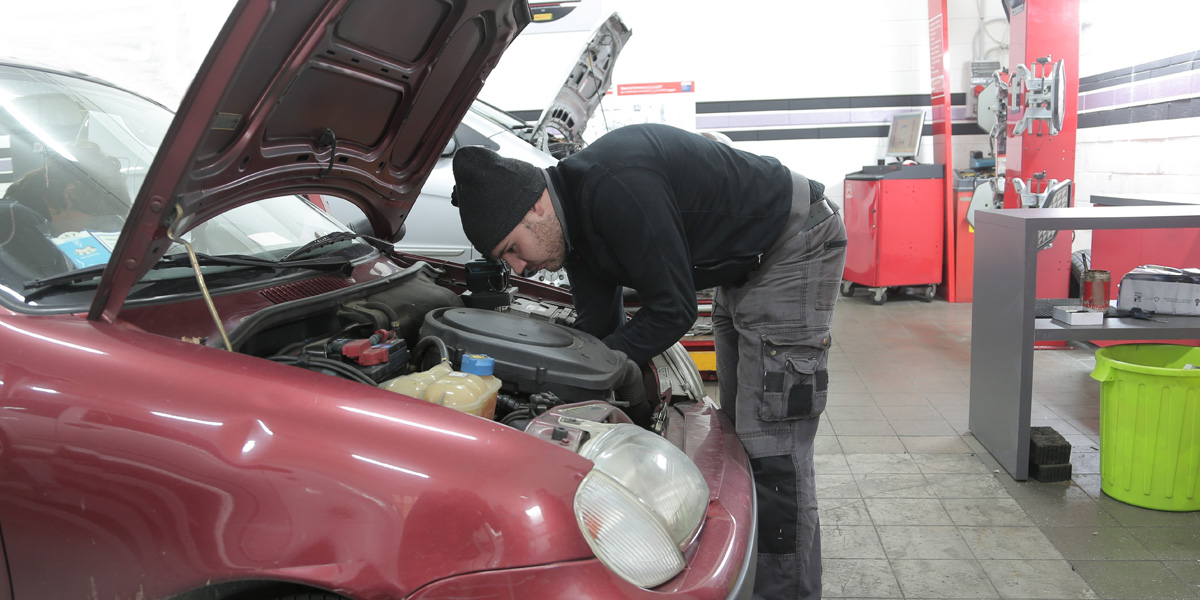 Common Mechanic Scams and How to Avoid Them